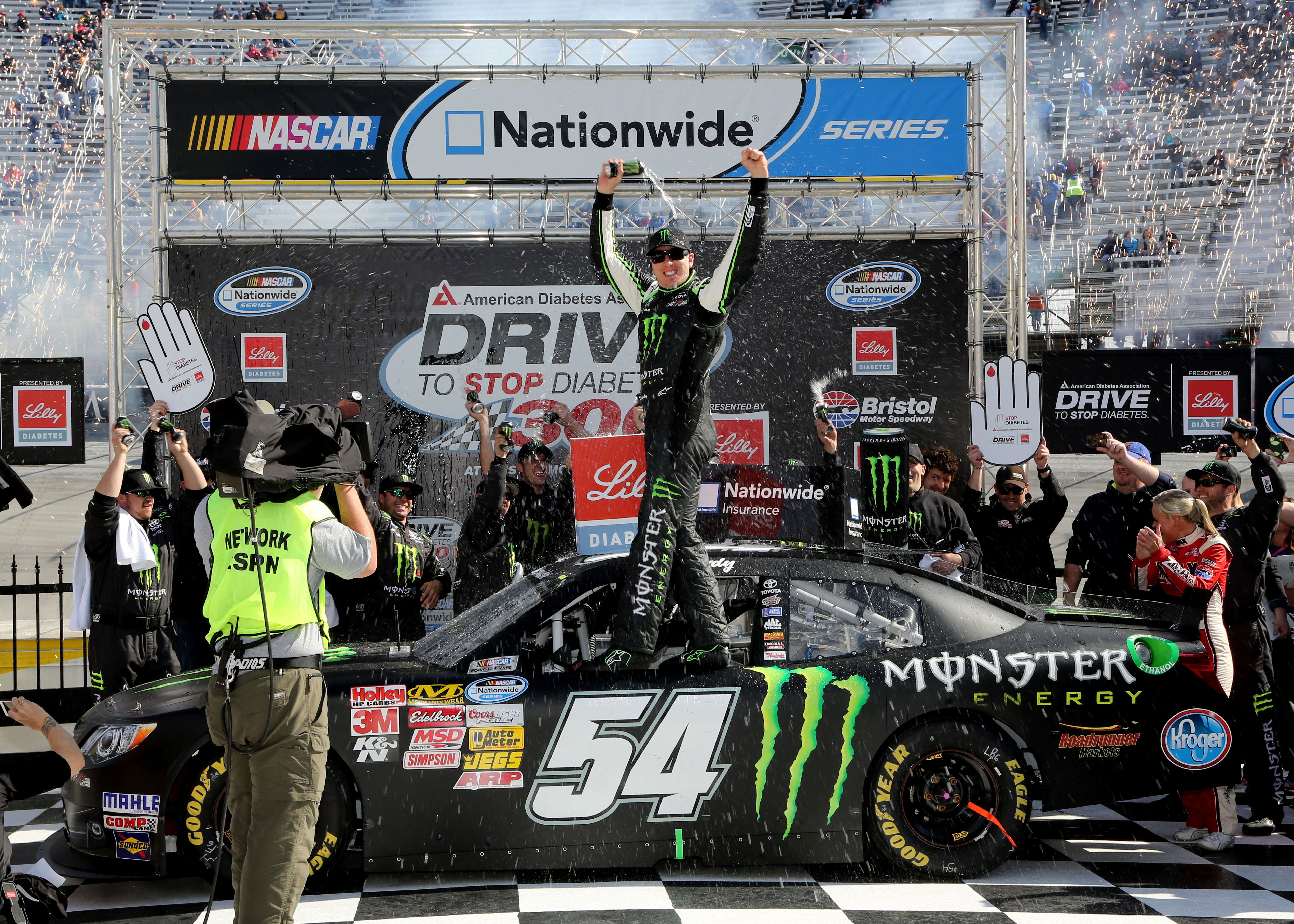 Rowdy Rolls To Another Bristol Nationwide Series Victory