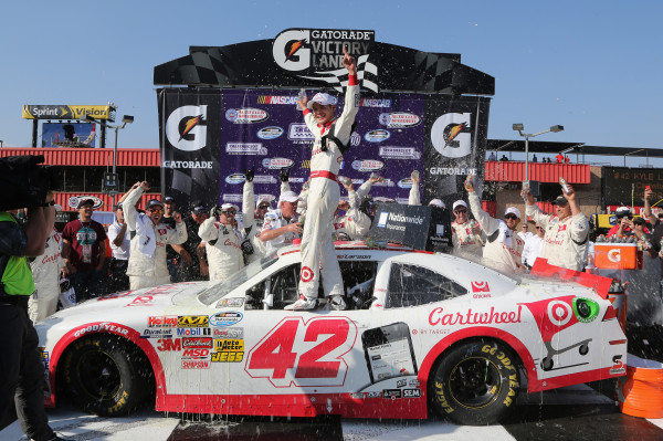 Kyle Larson Takes Target to Victory Lane in Fontana [Getty Images for NASCAR]